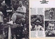 COUPURE DE PRESSE CLIPPING 1977 COLUCHE  (2 pages)