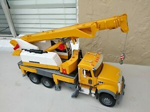 BRUDER 02818 Mack Granite Liebherr Crane Truck, 2007 Germany