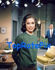 MARY TYLER MOORE - The Dick Van Dyke Show - 8x10 Photo