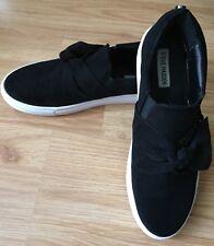 $89+Steve Madden Frilie Women US 10 Black Slip on Fashion Sneakers w/Bow