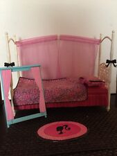 BARBIE FURNITURE MATTEL 2009 DREAM HOUSE BED  Pillow Covers Window Accessories