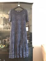 Navy Guipure Lace Midi  Dress with Short Sleeves Simple Elegance Size 14