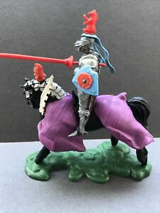 Britains Swoppet Mounted Knight Charging H1451 Complete Immaculate Example