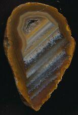 Achat/Agate aus Brasilien - schöne Maserung mit kleiner Druse - interessant !!!!