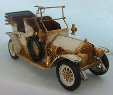 Piatto in stagno modello di una grande Vintage Cream automobile/ornamento/Regalo