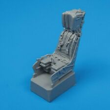 Quickboost 48001  1/48 F/A18 Ejection Seat w/Safety Belts