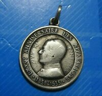 #0679# Jolie médaille en Argent de PI XI :Anniversaire des apparitions1855-1933