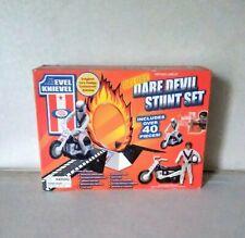 Evel Knievel Deluxe Dare Devil Stunt Set    ( NEW )
