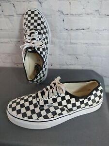GUC unisex black/white checkered VANS lace up shoes - MEN'S 9, WOMEN'S 10 1/2