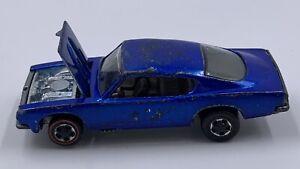 Hot Wheels Redline 1967 US  spectraflame Blue CUSTOM BARRACUDA Brown Interior