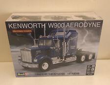 Revell 1:25 Kenworth W900 Model Kit Truck - 85-1507