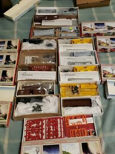 Lot of New old stock 19 NIB Walthers Rolling Stock Train Cars 5-unit Pine car!!!