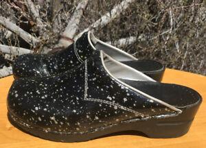Sanita Women's Black/Silver Glitter Patent Leather Slip On Clogs Size 40 9.5/10