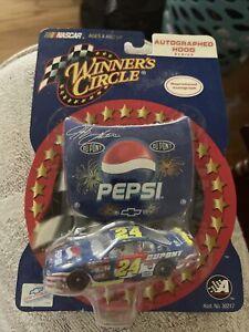 2002 Jeff Gordon Pepsi / Patriotic Winners Circle Autographed Good Series 1/64