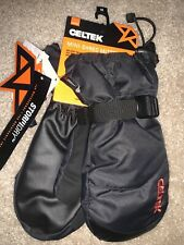 New listing Celtek Mini-shred Mittens With Storm dry. Waterproof. Warm. Youth Medium. Nwt