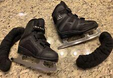 New listing Boys Black Jackson Softec Ice Skates J12