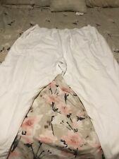 scrub pants brandCherokee color white size 4xl