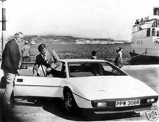 Lotus Esprit S1 007 James Bond Roger Moore 10x8 Photo