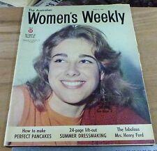 1969.Australian WOMENS WEEKLY Magazine.Holden MONARO full page Ad.