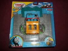 Thomas the Train: Take-n-Play Thomas Engine Starter Set Fisher-Price Thomas