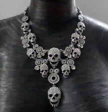 Butler and Wilson Cristal Transparente 10 Collar Calaveras NUEVO