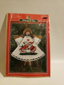 Leisure Arts Holiday Time Cross Stitch Angel Ornament Mr Mrs Claus New Made USA
