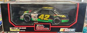 1991 Racing Champions #42 Kyle Petty 1:24 Scale Die-Cast Stock Car