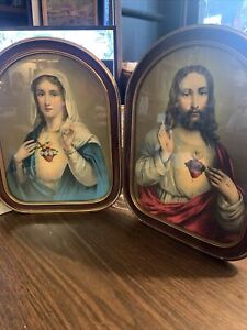 Vtg~ Set Of 2 Beautifully Framed Lithographs ~Scared Heart~ Mary & Jesus.