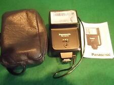 Blitzlichtgerät Panasonic PE - 201 C, Ledertasche, Bedienungsanleitung