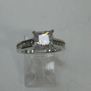 Exquisite Sterling Silver Engagement Ring Princess Cut Cz. Band Sz.6 Gorgeous!