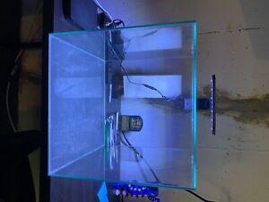 Aqueon Frameless Cube Aquarium, 14 Gallon and Aqueon Aquarium Clip-On LED light