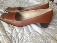 Coach Light Brown/Tan Leather Shoes Square Toes Size 8 B 1 1/2 Inch Heels