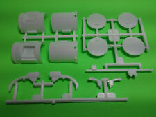 Mack R685ST 1/25 AMT big rig semi truck model car part round fuel diesel tanks