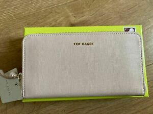 TED BAKER FAYRIE Zip around leather matinee purse new with tags