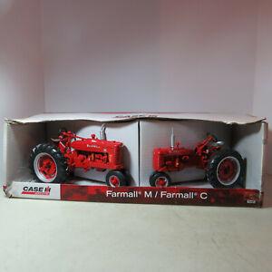 Ertl IH Farmall C & M Tractor Set 1/16 IH-14806-1HC-B