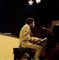 American Pianist And Keyboard Player Billy Preston Performs 1969 OLD MUSIC PHOTO