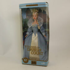 Mattel - Barbie Doll - 2002 Princess of the Dutch Court (Dolls of the World) *NM
