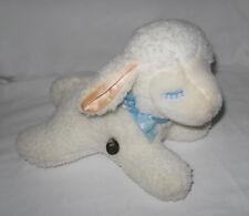 Eden White Musical Lamb - windup - head moves
