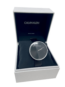 Calvin Klein Damen Analog Quarz Uhr mit Leder Armband