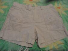 Ladies size 12 Gap cream cargo shorts pockets Lightly elasticated waistline