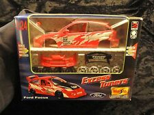 Maisto Assembly Line Excess Tuners Ford Focus model kit 1/24 red