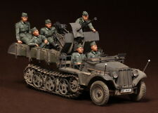 Free shipping 1/35 german crew Sd.Kfz.10/4 fur 2cm FlaK 30 X 6 resin soldier