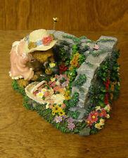 Boyds Bearstones #2277940 ELIZABETH BEARSLEY... GARDEN TIME 1E From Retail Store