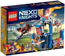 Set completi Lego costruzione con soggetto un tema lego nexo knights