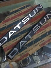 DATSUN 720 PICKUP TRUCK Fender Emblem Badge Genuine NOS JAPAN 63894-01W00