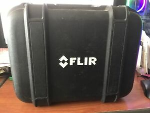 FLIR E63900 E5 Infrared Camera w/ Power Cord,Battery,Outlet Adapters & Hard Case
