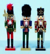 Christmas Decoration - Set of 3 Grand 38cms Wood Xmas Nutcracker Soldiers Men