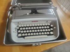 Vintage Singer Professional Portable Typewriter with Case