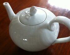 Hutschenreuther Dresden weiß  -  Teekanne  mit Deckel Gr. 3 Inhalt ca. 1,2l