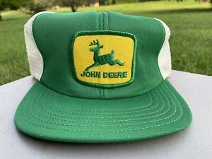 VINTAGE 1980s, JOHN DEERE, YELLOW PATCH, GREEN TRUCKER HAT, MESH, SNAPBACK, USA